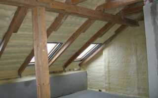 Чем лучше утеплять мансардную крышу: обзор вариантов