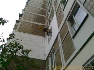 Как утеплить стену угловой квартиры